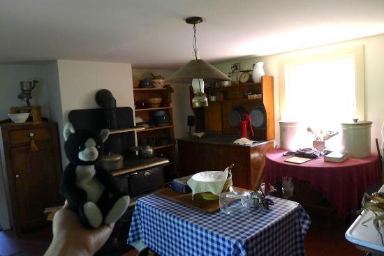 แลมเบิร์ตวิลล์, นิวเจอร์ซีย์: The kitchen @ the farmhouse