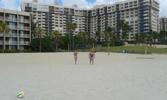 A Sea Garden Resort: Playa cercana al hotel