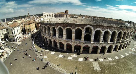 Arena di Verona: Arena visto do céu #imagemdrone