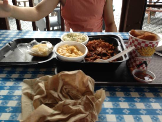 Smoker's BBQ Pit: 3 meat platter- pork, chicken, and brisket with mac and cheese, coleslaw, and cornbread