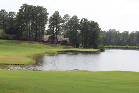 Pinehurst #9, 10th Hole approach shot