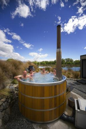 Ahuriri Motel Omarama: Treat yourself to a soak in the Hot Tubs