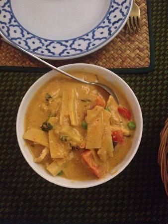 Thai Tanee: A very tasty Thai red curry