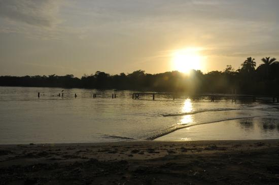Pukalani Hostal: sunset