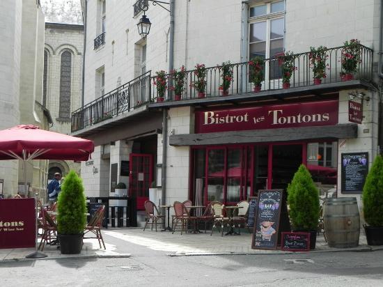 Bistrot Les Tontons : La terrace 2015