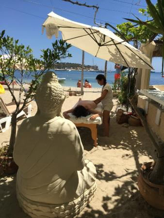 Hostal Talamanca: Relax on in the shade