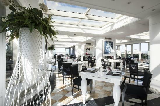 Photo of Italian Restaurant Giuda ballerino! at Piazza Barberini 23, Rome 00187, Italy