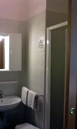 Hotel Ginevra: bagno
