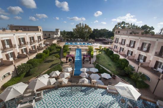 Giardino di Costanza Resort : Piscina esterna