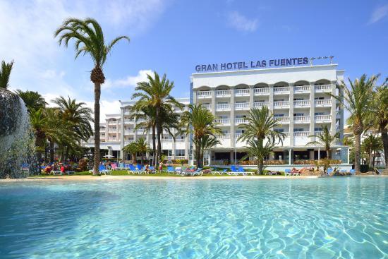 Gran Hotel Las Fuentes: Vista general nueva piscina infinity