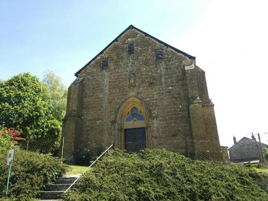 harricourt 教会