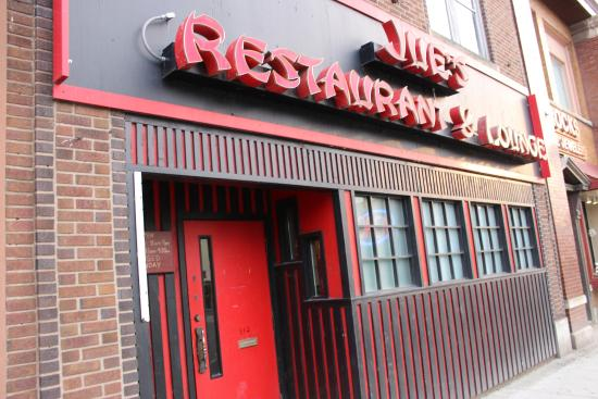 Jue's Chinese Restaurant & Lounge