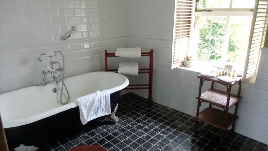 Moy House: la salle de bain (partiel)