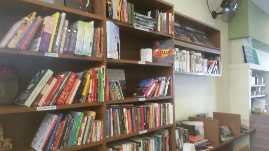 Cafe Book Livraria E Cafeteria