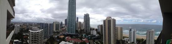 Surfers Century Apartments : photo2.jpg