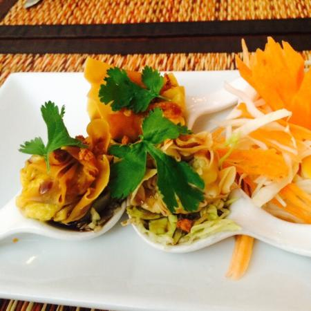 Leelawadee Thai Restaurant & Tapas: good food! I like it!