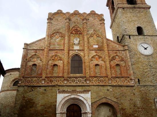 San Ginesio, Italien: фасад