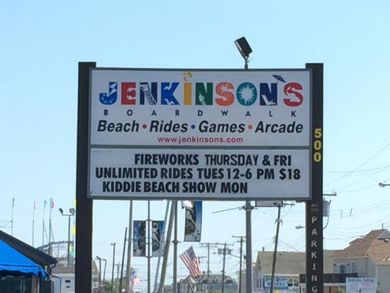 Jenkinson's Boardwalk: main sign