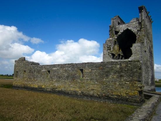Ballylongford, Ireland: Carrigafoyle Castle