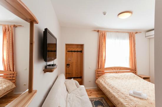 Sunset Hotel guestroom