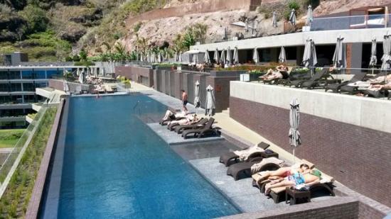 Hotel Calheta Beach Resort