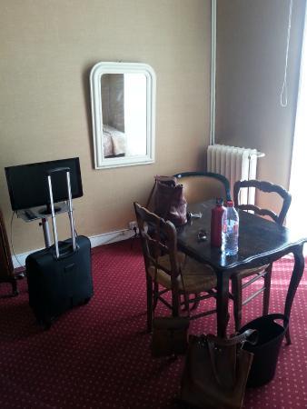 des trois marchands hotel nantes france voir les tarifs 60 avis et 24 photos. Black Bedroom Furniture Sets. Home Design Ideas