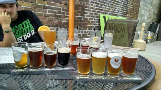 Brew Ales & Eats: Beer flight