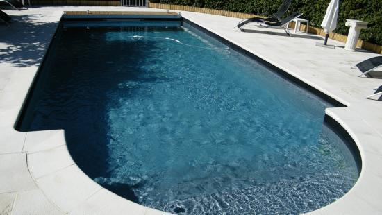Canto Cigalo : la piscine
