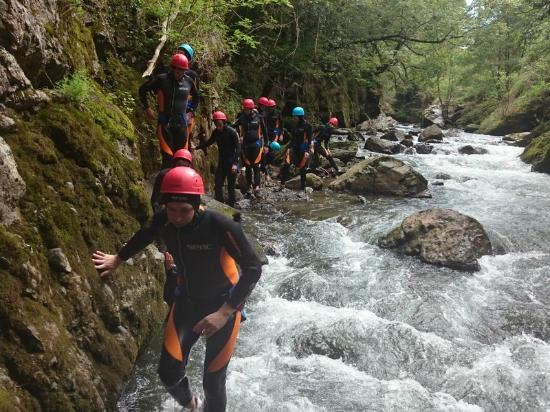 Saint-Jean-Pied-de-Port, Francja: canyoning aquarando randonnée aquatique pays basque