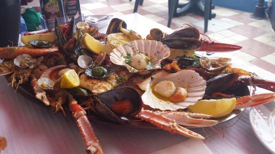 Restaurante tambo en puerto de la cruz con cocina marisco - Cocina con sara paella ...