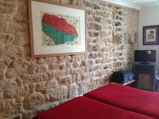 Hotel Prince de Conde: Room 201
