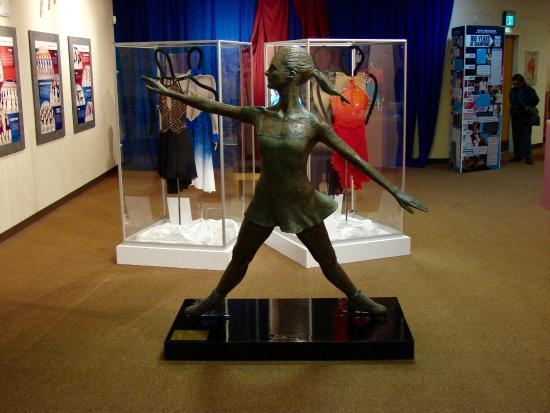World Figure Skating Museum & Hall of Fame: More art