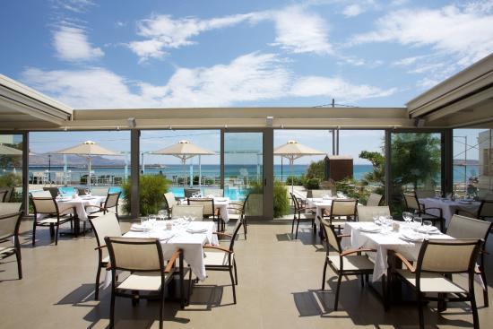 Anastasia Hotel Karystos: Main Restaurant/breakfast area