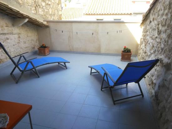la maison bleue b b leucate france voir les tarifs 11 avis et 51 photos. Black Bedroom Furniture Sets. Home Design Ideas