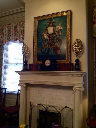 1842 Inn : In the main house