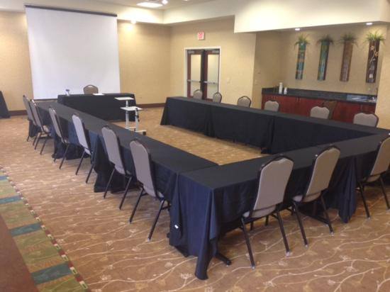 Holiday Inn Express Charlotte-Arrowood: U-Shape meeting room