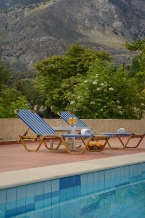 Idi hotel bewertungen fotos preisvergleich zaros for Swimming pool preisvergleich