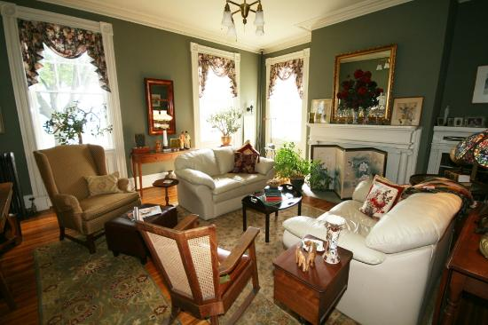 The chapman house bed breakfast geneva ny review b for Chapman house