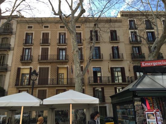 Hotel lobby picture of hotel arc la rambla barcelona for Las ramblas hotel barcelona