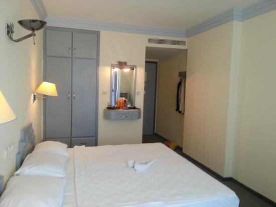 Hotel Grand Ozcelik: Номер