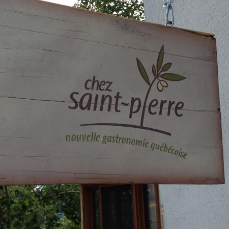 Chez Saint-Pierre: Enseigne simplissime du Resto.
