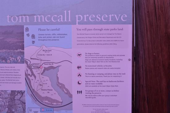 Tom McCall Nature Preserve: McCall nature preserve sign
