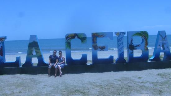 La Quinta Hotel: beach in La Ceiba