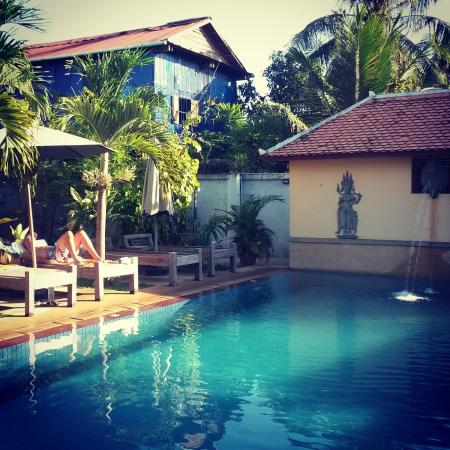 My Home Cambodia: The swimming pool. Towels you can take and leave there.