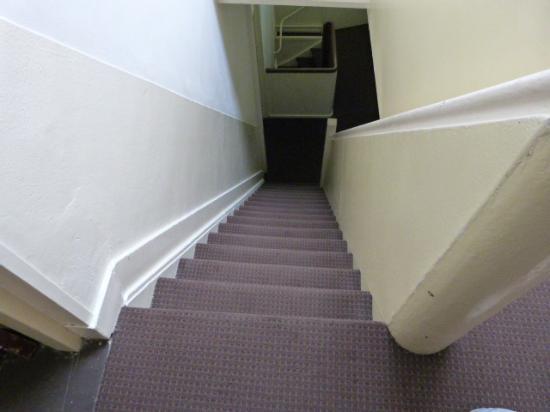 Hotel Wilhelmina: escada perigosíssima