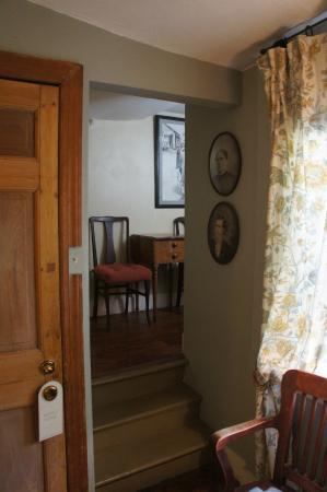 Incentra Village House: Dakota room