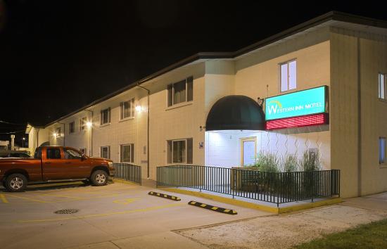 Western Inn Motel: Back Exterior (Night)