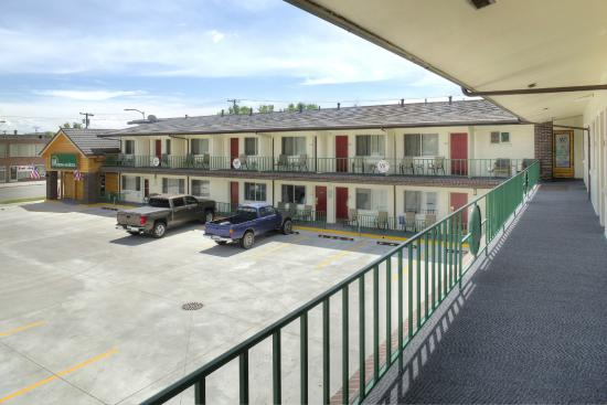 Western Inn Motel: Front Exterior(Upstairs View)