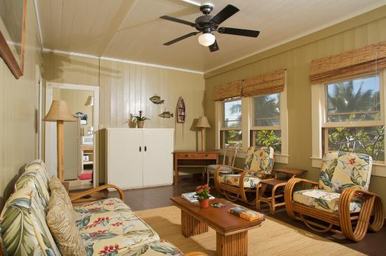 Inn Waimea Living Area Of Beach Cottage