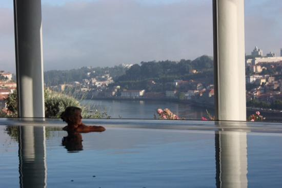 The Yeatman: Indoor infinity pool.